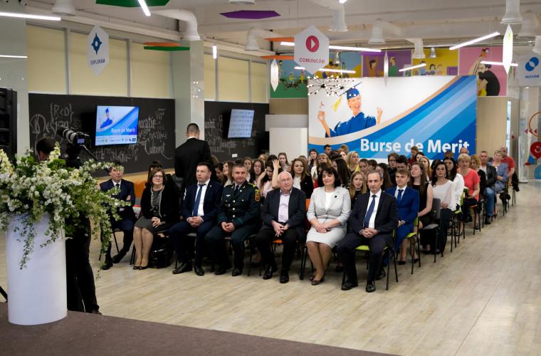 Orange Moldova, mai aproape de cei mai talentaţi studenţi ai ţării