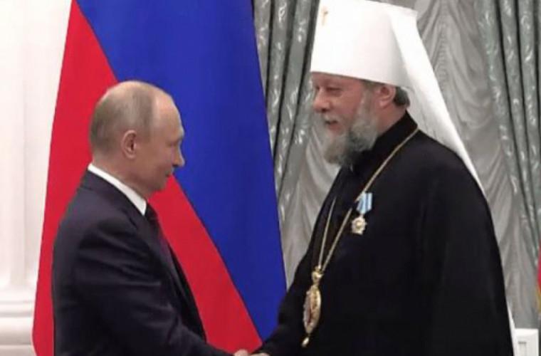Mitropolitul Vladimir, decorat de Vladimir Putin