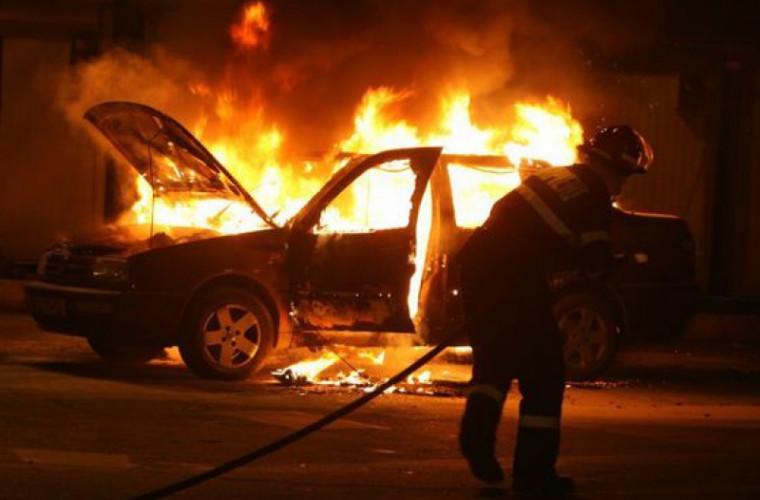 В столице подожгли автомобиль адвоката