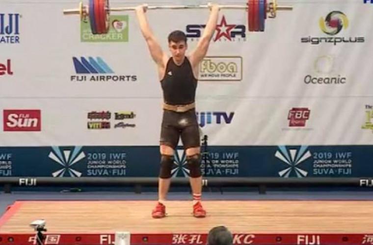 Halterofilul Marin Robu a devenit vicecampion mondial printre tineret