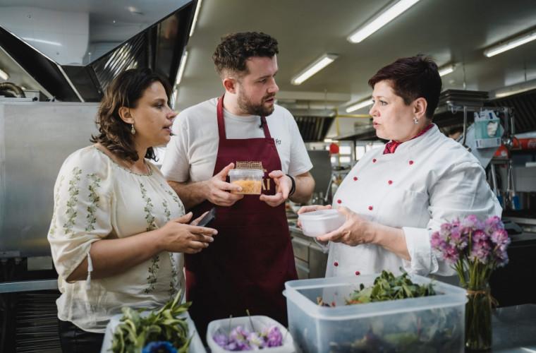Известные британские повара очарованы гостеприимством молдаван