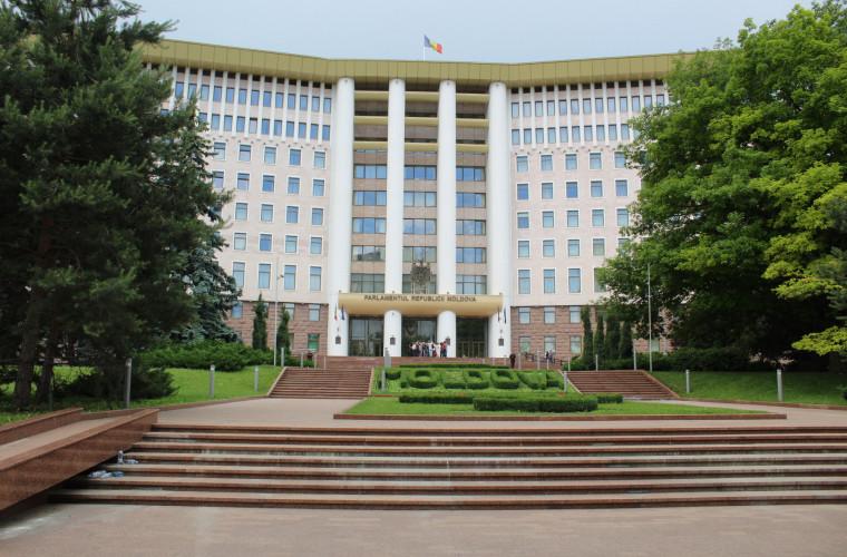 Ce scrie în declarația de recunoaștere a statului captiv Republica Moldova?