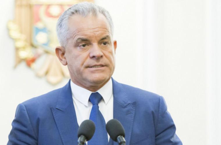 Vlad Plahotniuc cere demisia lui Igor Dodon