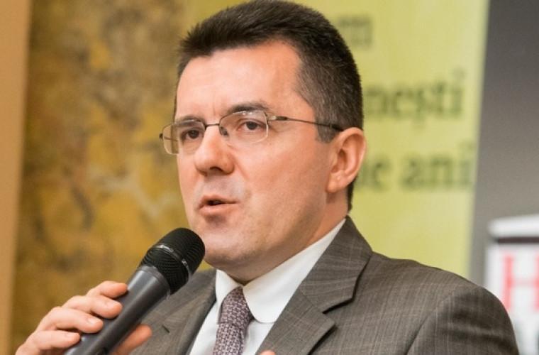Dungaciu: Comisia de la Veneția ar putea include CC în logica statului capturat