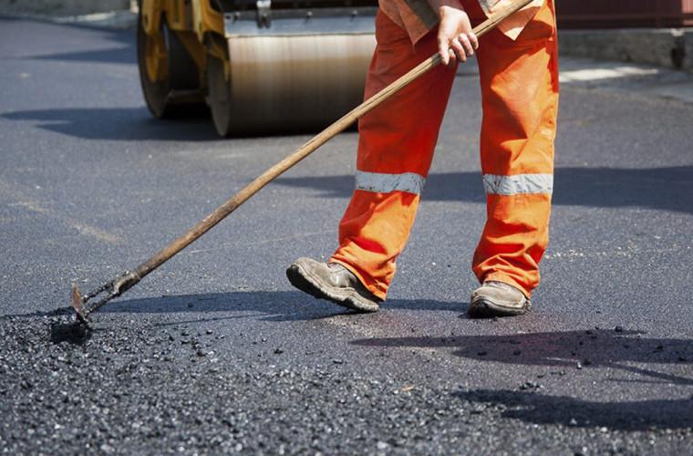 Кабинет Филипа отложил начало проекта «Хорошие дороги»