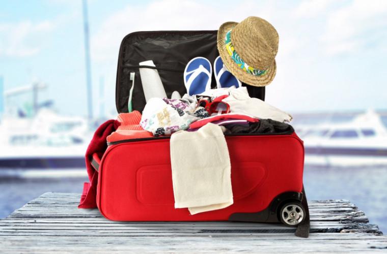 A venit vacanţa! Ce pui în bagaj?