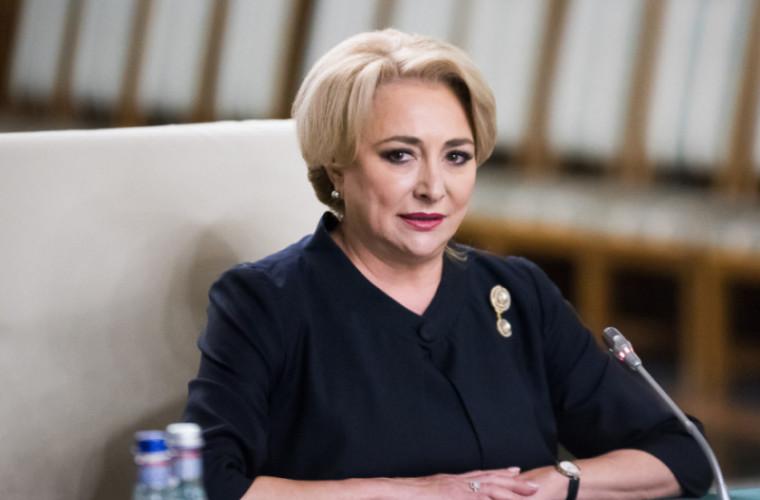 Dăncilă i-a transmis un mesaj de susţinere Maiei Sandu şi a invitat-o la București
