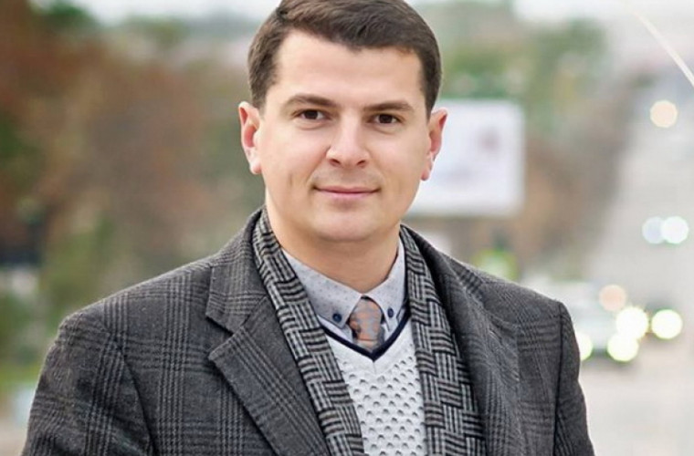"""Политолог: Дудогло и Дуднику """"не хватило места в самолете"""""""