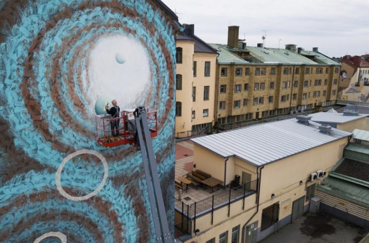 Lucrarea unei artiste din Moldova înfrumusețează un zid din Suedia (FOTO)