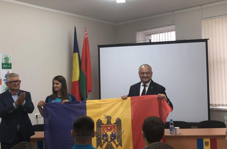 Dodon s-a întîlnit la Minsk cu participanții din Moldova la Jocurile Europene (VIDEO)