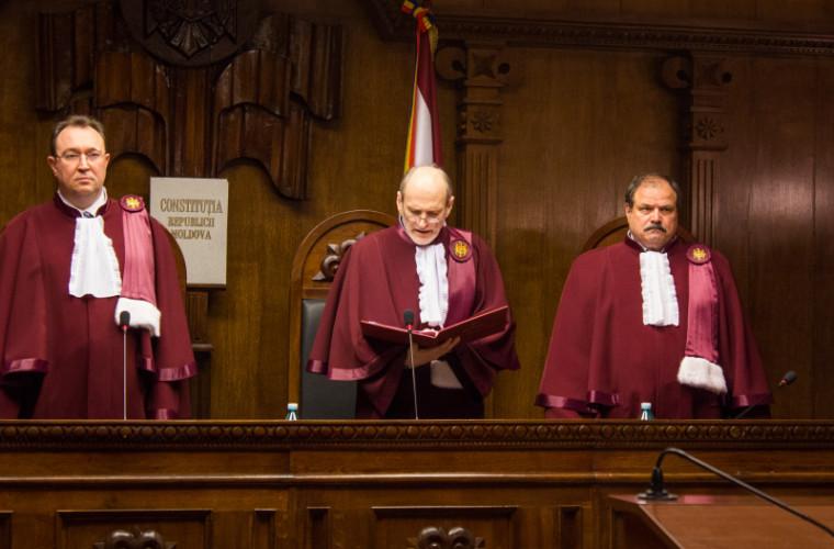 Cine sînt cei care rîvnesc funcția de judecător la Curtea Constituțională din partea Guvernului