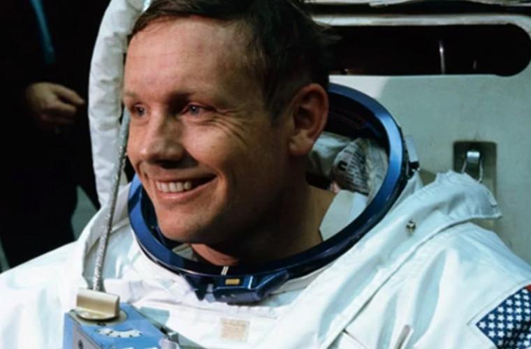 Ce despăgubiri îi va plăti familiei lui Neil Armstrong un spital din SUA