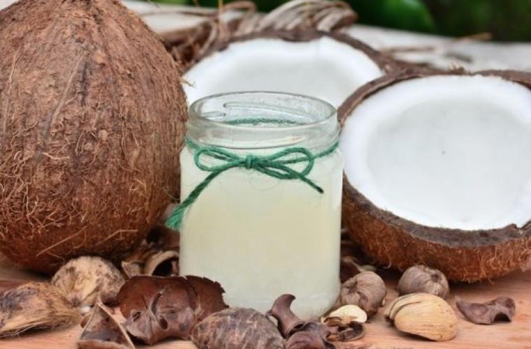 foloasele-apei-de-cocos