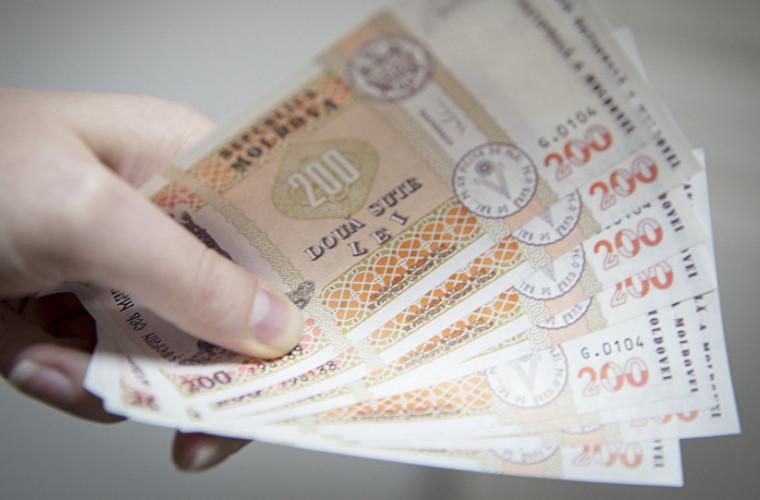 Cum a crescut salariul mediu în Moldova?