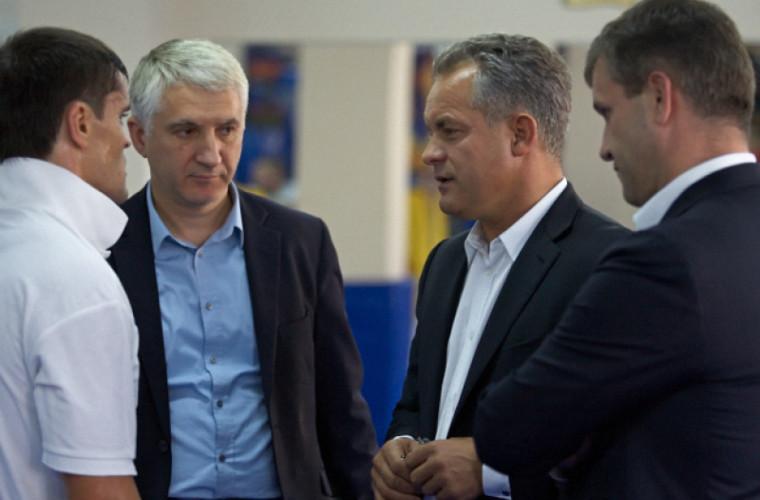 Unde se află Iaralov și Botnari? Răspunsul unui coleg democrat de-al lor