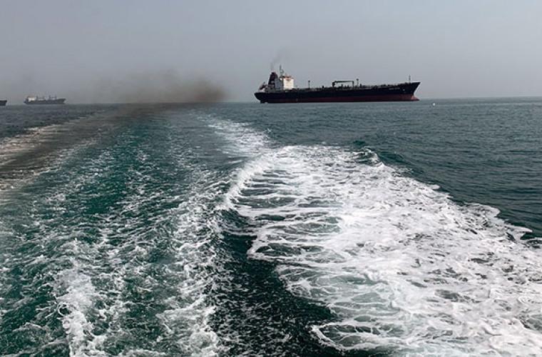 Un alt petrolier străin a fost reţinut de Iran în Golful Persic