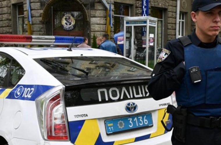 Turiștii moldoveni, jefuiți de un pseudo-polițist în Odesa