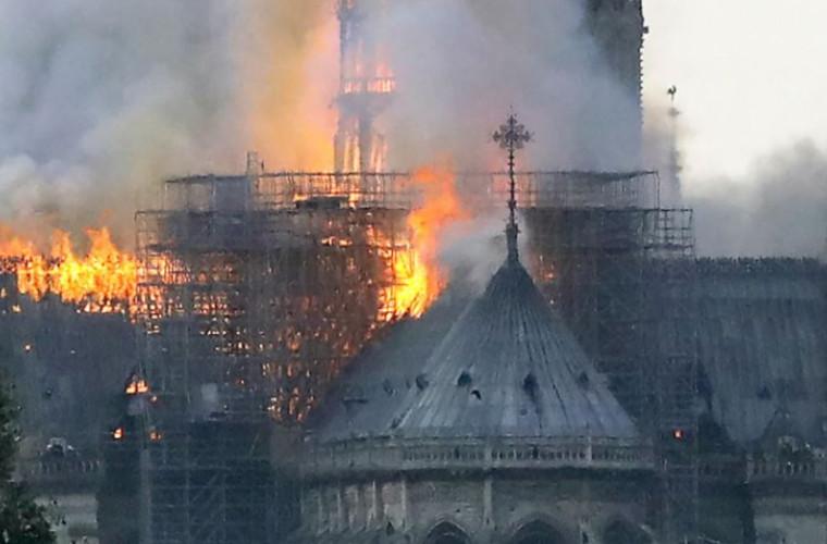 Incendiul de la Catedrala Notre-Dame a adus daune iremediabile copiilor