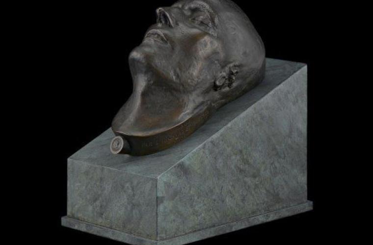 O copie din bronz a măștii mortuare a lui Napoleon a fost scoasă la licitație în Statele Unite
