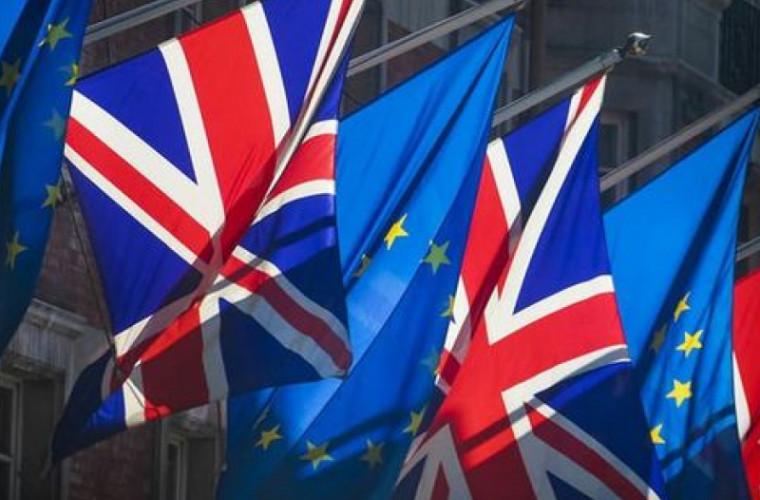 Великобритания может столкнуться с нехваткой лекарств и продуктов