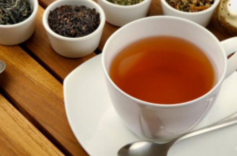 Ceaiul care toată lumea trebuie să îl bea pe timp de arșiță