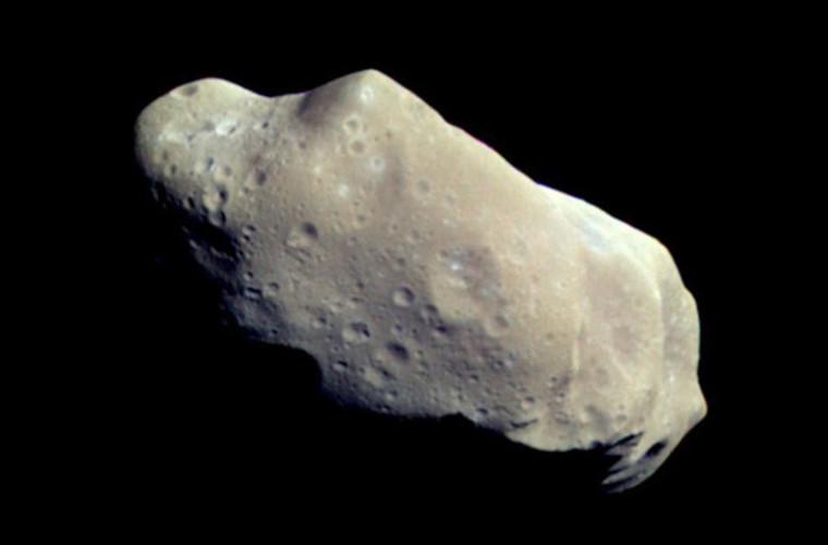 În septembrie, pe lîngă Pămînt vor trece doi asteroizi mari