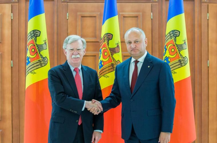 Șeful statului, la întrevederea cu Bolton: E necesar să fie menținut consensul politic