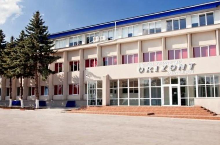 Cazul profesorilor turci: Amnesty International cere ca vinovații să fie pedepsiți