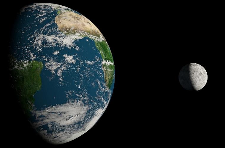 """Doi savanți lucrează la un """"lift"""" care să circule între Pămînt și Lună"""