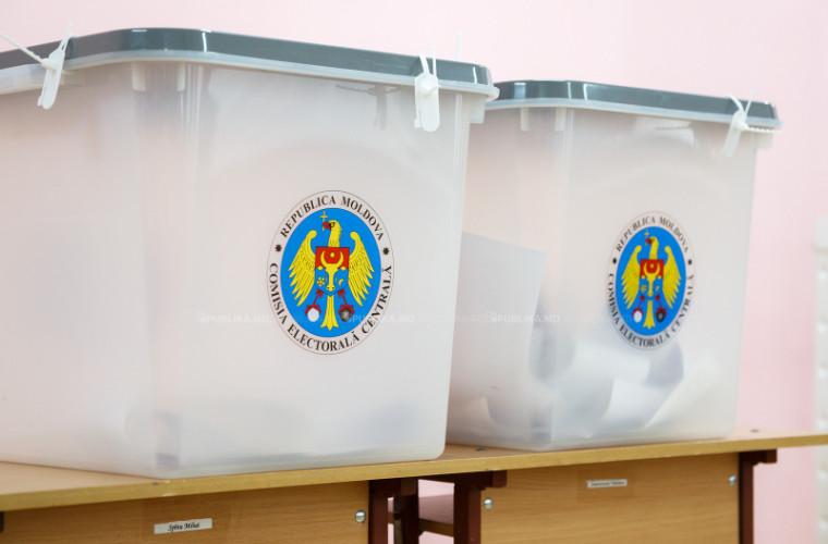 Ce culori vor avea buletinele de vot la alegerile din 20 octombrie