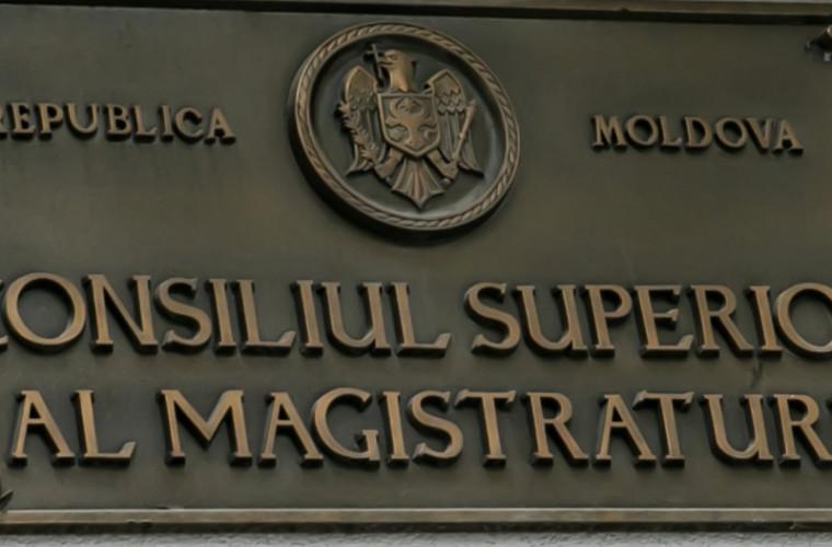 Un judecător va fi cercetat penal. CSM i-a ridicat imunitatea