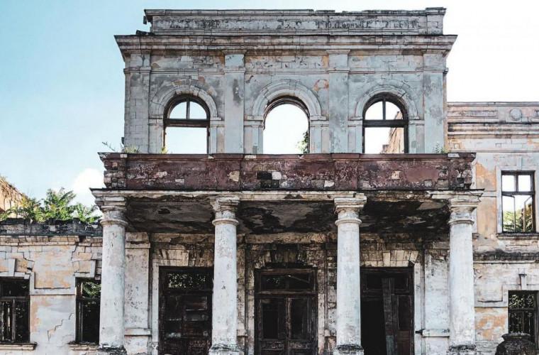 cum-decurge-restaurarea-cladirii-muzeului-national-de-arta