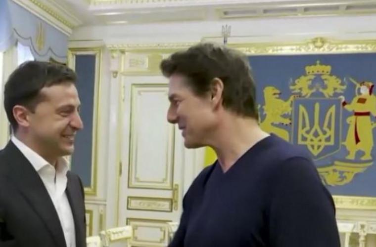 """Întâlnirea dintre Tom Cruise și Zelenski, în imagini. """"Arăți foarte bine. Ca în filme!"""""""