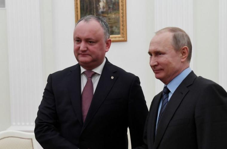 Dodon pregătește un cadou pentru ziua lui Putin. O să-l felicite personal la Așhabad