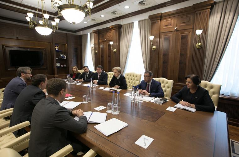 Greceanîi: Creditele trebuie contractate, pentru proiecte investiționale, în special de infrastructură