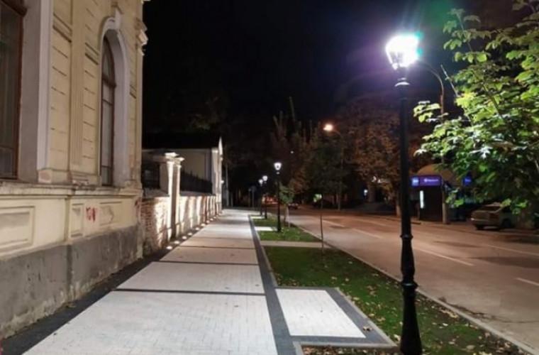 Chișinăul, mai romantic: Cîteva zone pietonale au fost reparate (FOTO)