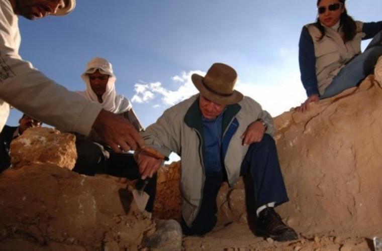 au-fost-descoperite-morminte-si-ateliere-stravechi-din-cea-de-a-18-a-dinastie-egipteana