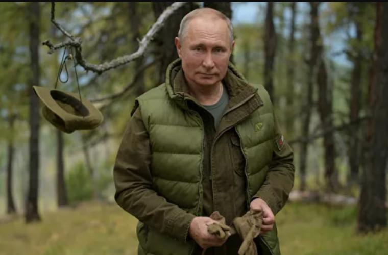 Peskov spune de ce Putin preferă să se odihnească în Rusia