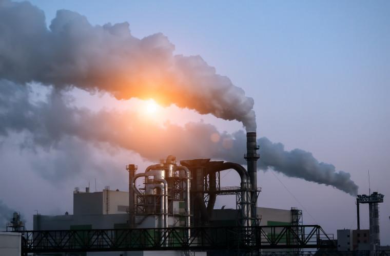Китай почти остановил рост выбросов парниковых газов