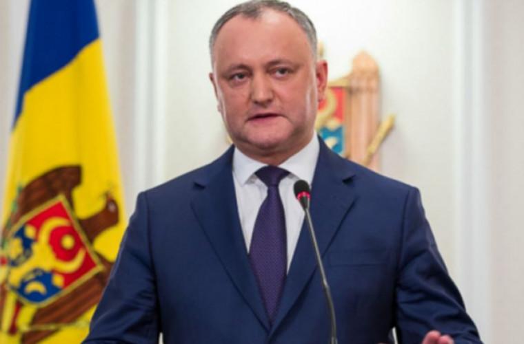 Dodon îi invită la discuții separate pe deputații din Blocul ACUM