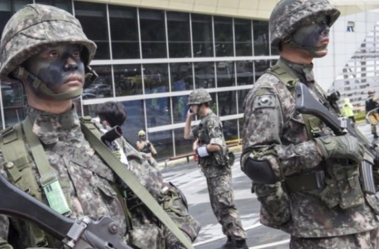 Coreea de Sud le-a interzis militarilor să fumeze țigări electronice