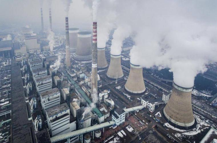 China sporește extracția cărbunelui, încălcînd promisiunile de a reduce emisiile de dioxid de carbon