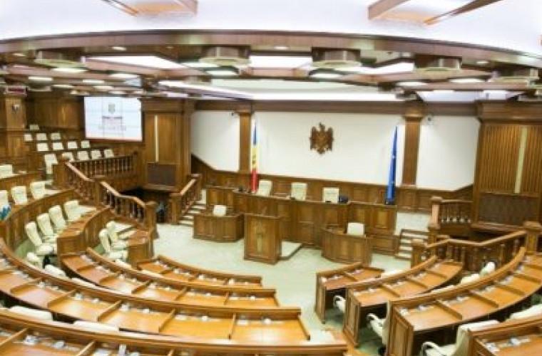 ministrul-economiei-si-directorul-moldovagaz-chemati-in-parlament