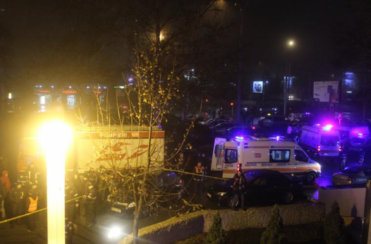 Incendiu într-un club de noapte din capitală (FOTO)