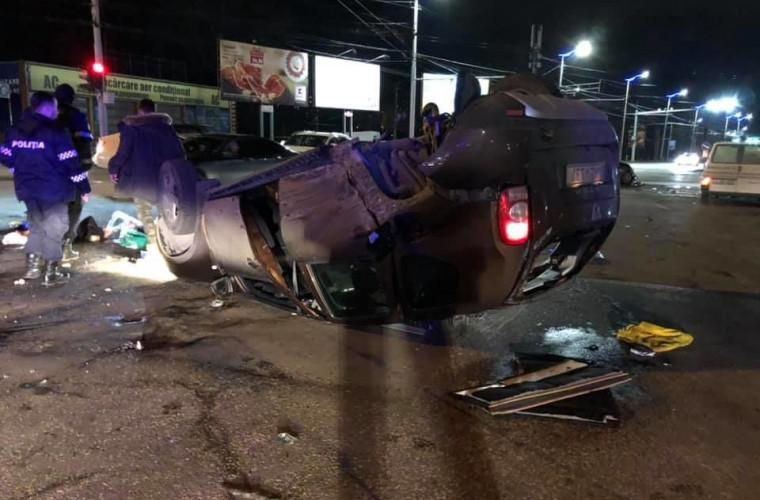 Un şofer s-a răsturnat cu maşina în Chişinău