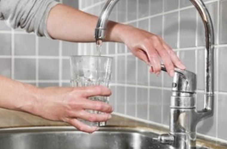 Pe mai multe adrese din capitală se anunță deconectări de apă
