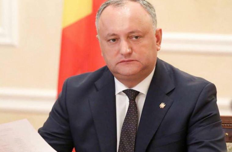 Dodon vorbește despre motivele care ar permite rezilierea contractului de concesionare a Aeroportului Chișinău
