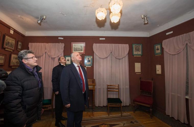 """Dodon: Renovarea casei-muzeu """"A.S.Pușkin"""" va fi finalizată pînă pe 21 septembrie"""