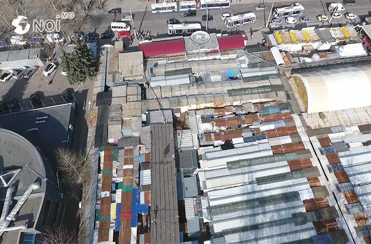 Кишиневские рынки с высоты птичьего полета: Трущобы посреди мегаполиса (ВИДЕО)