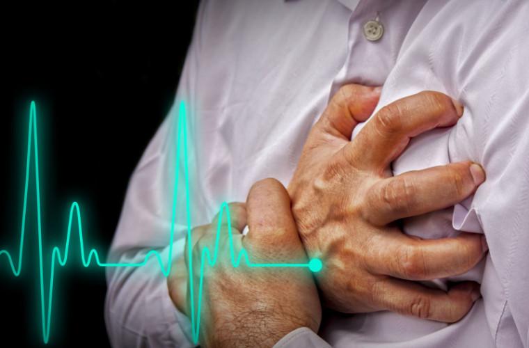 Studiu: Legătura dintre grăsimea abdominală și atacurile de cord